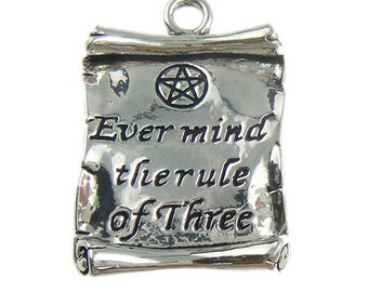 "5 ""Ever mind the rule of Three"" Scroll Pendant Key Ring Charm Jewellery Pagan Wicca Celtic Craft"
