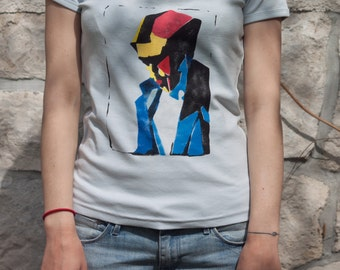 T-Shirt, size S, stencil multicolored, handmade, after Magritte