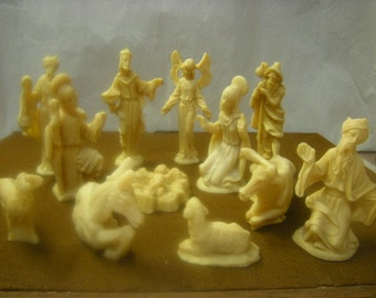 vintage nativity set-Christmas in April-12 pieces-made of resin-religious-spirituality-
