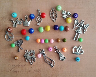 Painted Glass Beads * Tibetan Charms * Bead Box Set / Kit 021 * Fun Colors * 8mm * 6mm * 712 pieces *