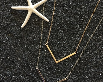 Arrow Necklace - Metal Chain - Silver - Gold