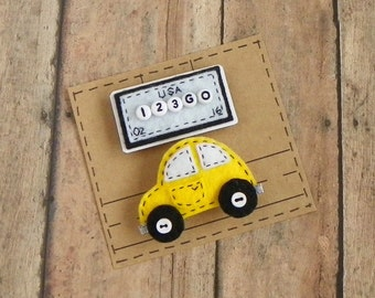 Little Felt Car and License Plate Refrigerator Magnet Set of 2