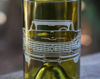 Old Classic Car Front drinking glass upcycled from wine bottle