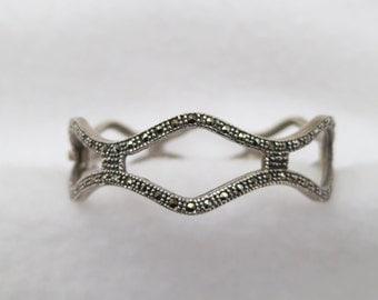 10% OFF !! Vintage Art Deco Style Sterling Silver Marcasite Hinged Bangle Bracelet