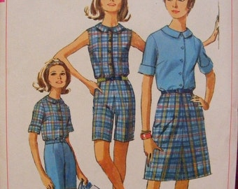51% OFF 1966 Junior Blouse Skirt and Shorts Size 9 Bust 30 1/2 Simplicity Sewing Pattern 6504
