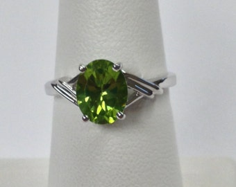 Natural Peridot Solitaire Ring 925 Sterling Silver