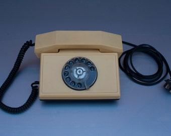 "Bulgarian Vintage Rotary Dial Phone ""TA -900"" 1988. WORKS!"