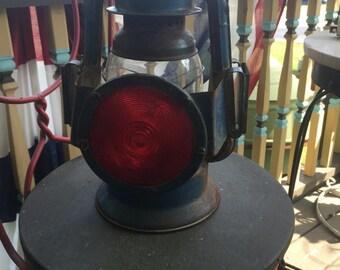 Vintage, Dietz, Little Wizard, NYUS, Kerosene, Lantern Lamp, with red lens for back of buggy