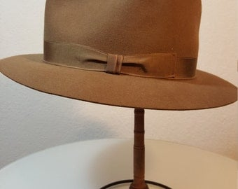 FREE  SHIPPING  Vintage Open Road Beaver Hat