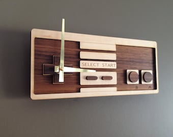 Walnut & Birch - Retro Controller Clock