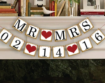 Mr Mrs Save The Date Banner - Wedding Photo Prop - Mr Mrs Save The Date Sign - Wedding Banner - Wedding Garland
