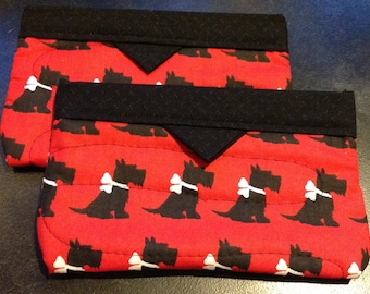 Scottie Dog quilted cosmetic bag