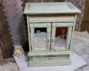 Jewelry Box, Shabby Chic Jewelry Box, Mint Green Jewelry Box, Vintage Jewelry Box, Mint Green, RobinsStudio, Shabby Chic, Country, Rustic