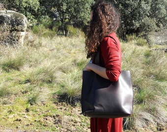 LARGE LEATHER TOTE/ leather dark brown tote bag, shoulder bag, carryall. handmade