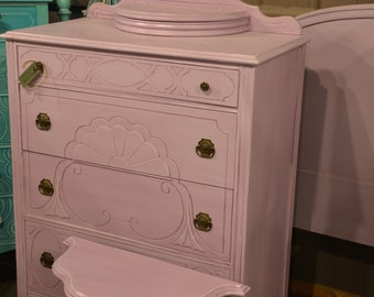 SOLD Chest of Drawers. Dresser Purples  Has matching pieces also