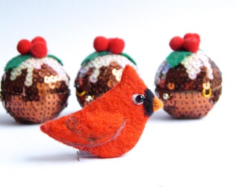 Red Cardinal bird brooch, Felt Brooch, Bird Jewelry, Wool, Pin, Christmas gift, Thanksgiving, Mother, Teacher gift, Friend, Choose Size
