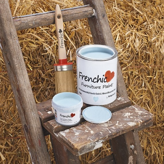 Chalk paint furniture paint frenchic heavenly blue for Pot painting materials required