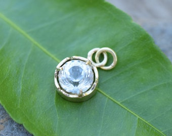 White topaz pendant, gold pendant, bridal pendant necklace, diamond alternative gem, natural topaz, conflict free trade, wedding anniversary