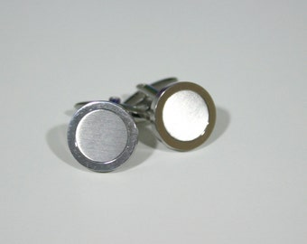 Silver Brushed Cufflinks - Gift Wrapped