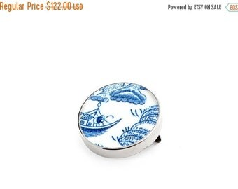 ON SALE Willow anniversary gift, porcelain brooch, antique china brooch, blue pin, willow brooches