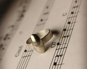 Recycled Clarinet Key Ring - Sterling Silver Band