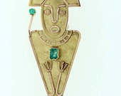 18 karat yellow gold emerald brooch