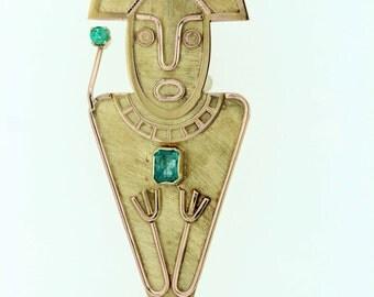 18 karat yellow gold emerald brooch