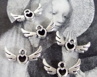 5 Small Winged Heart Charms