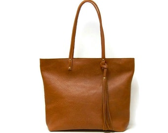 Leather Tote Bag in saddle tan // Large market bag Black, tan or clay orange Market bag // large leather tote
