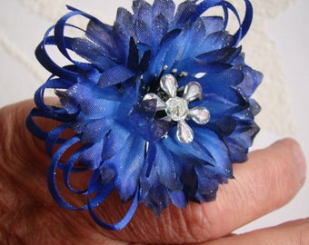 NEW.. Prom Corsage set.  Corsage Boutonniere & Ring.  Deep Blue Cornflowers.  PR-91