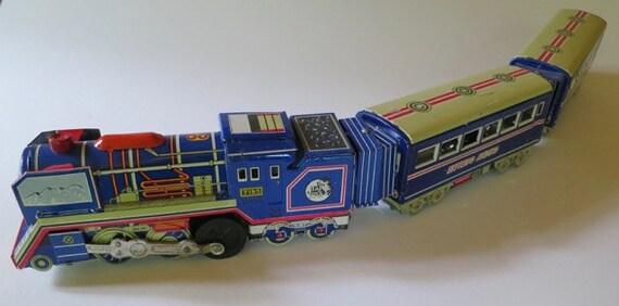 Vintage 3 Car Tin Toy Train
