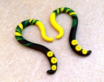 Yellow black gauges earrings Green yellow gauges Plug earrings Gauge earrings Polymer clay gauges Stretched ears Psychedelic gauges plugs