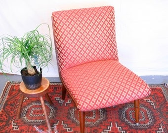 Mid Century Chair: Lounge