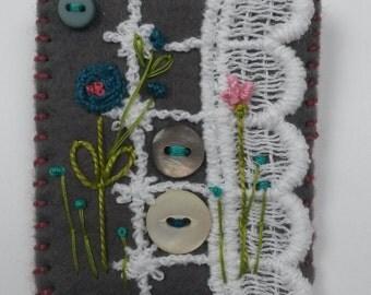 Felt Embroidered Brooch/Pin