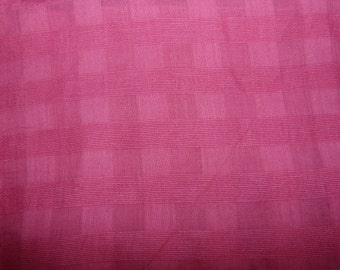 CLEARANCE - hot pink tonal check lightweight cheesecloth - 200cm remnant