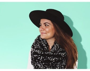 Chunky Scarf, Knit Cowl - Black + White