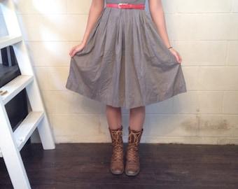 Vintage 1950's landgirl brown peter pan collar dress