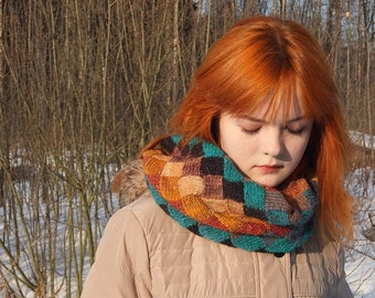 Hand knitted Snood/ Warm snood/ Warm cowl/Neck warmer/Entrelac cowl