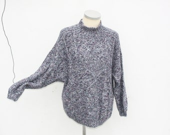 Hand-knitted sweater 1980s Medium Size