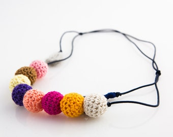 Knitted Ball necklace