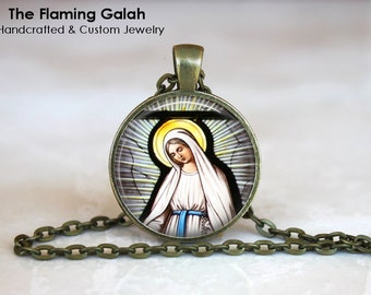VIRGIN MARY Pendant • Stained Glass • Church Window • Christian Religious Jewelry • Gift Under 20 • Made in Australia (P0673)