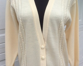 Vintage 60's %100 Merino Wool Cable Knit Cardigan Cream Colored Small