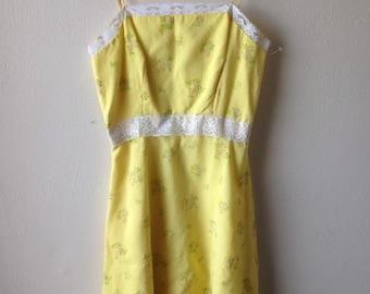 Vintage 1970's Spring Floral Dress