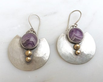 Amethyst Shield Earrings >>> Mixed Metals >>> Hammered Texture >>> Modern Jewelry >>> Bohemian Earrings