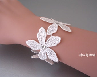 bridal jewelry strap lace flowers ivory