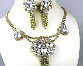Lovely Vintage rhinestone necklace and earrings demi parure set