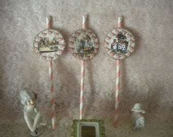 Alice in Wonderland Cup Cake / Dessert Toppers (12)