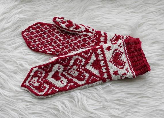 Fair isle gloves: Norwegian gloves Heart pattern mittens