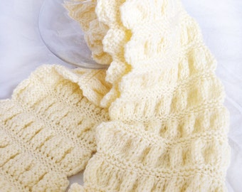 Hand knit puffy scarf in a cream color