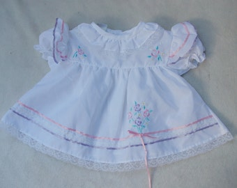 vintage baby dresses/vintage baby girl/baby girl dresses/mini togs/9 months/ retro baby clothes